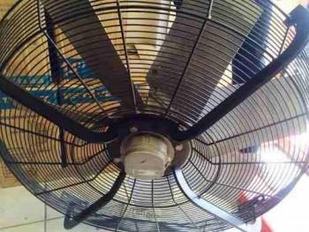 extractor-industrial-aleman-axial-220440v-ventilador-silent-913811-MLM20639251877_032016-O